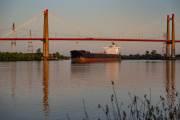 Zarate ist vor allem eine Hafenstadt mit viel Schiffsverkehr.